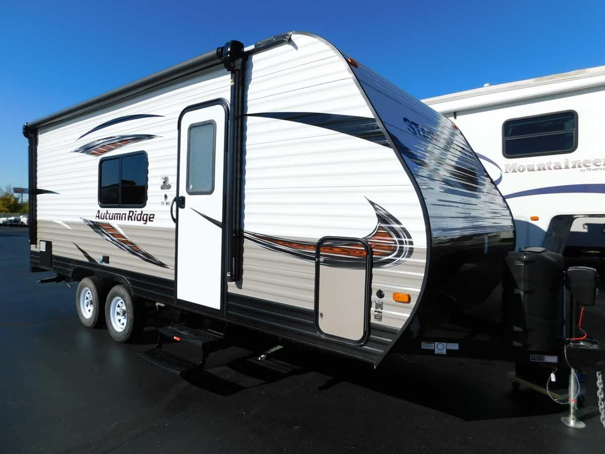 NEW 2019 Starcraft AUTUMN RIDGE OUTFITR 20MB - Rick's RV Center