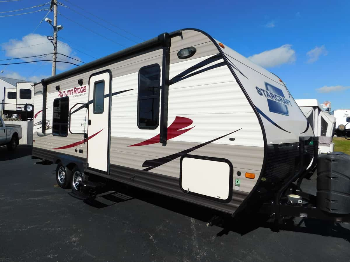 USED 2016 Starcraft AUTUMN RIDGE 235FB - Rick's RV Center