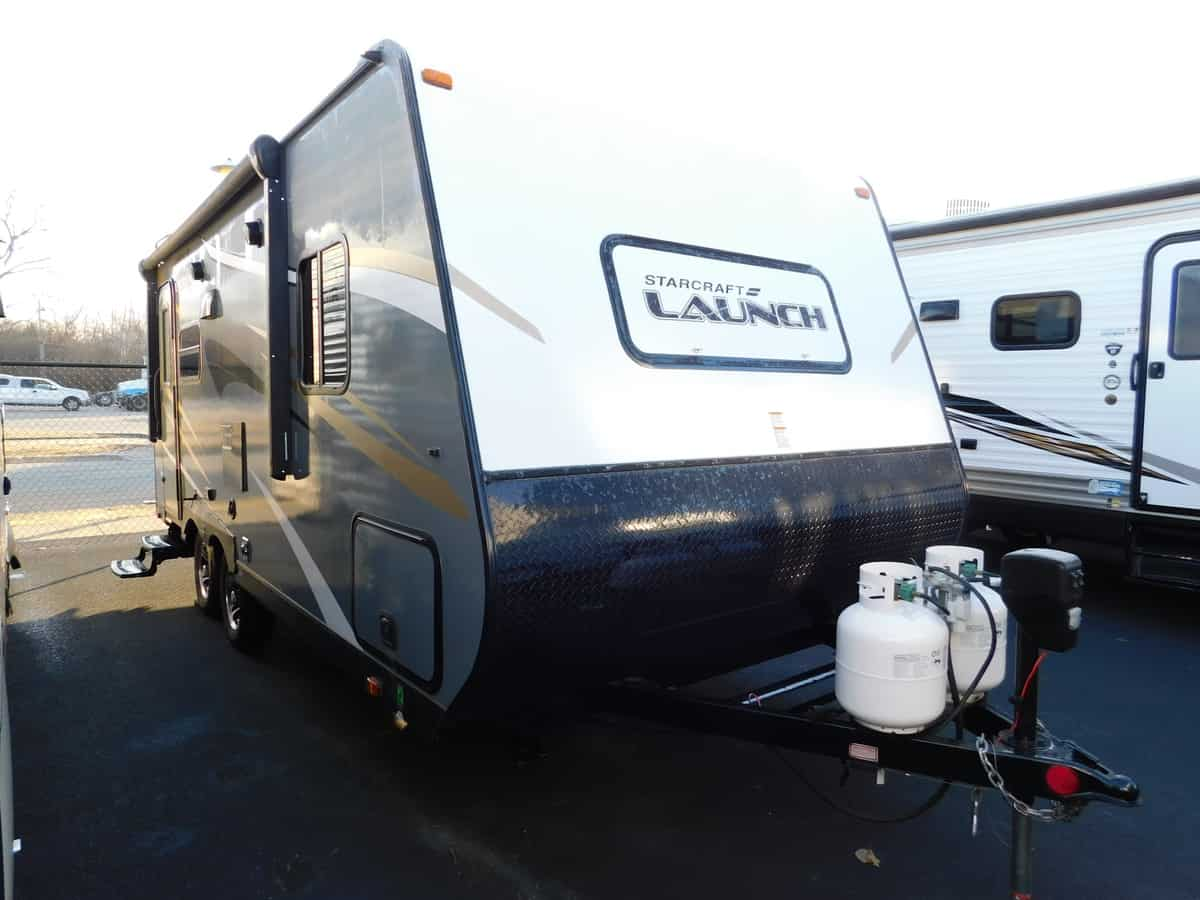 USED 2017 Starcraft LAUNCH OUTFITTER 21FBS - Rick's RV Center