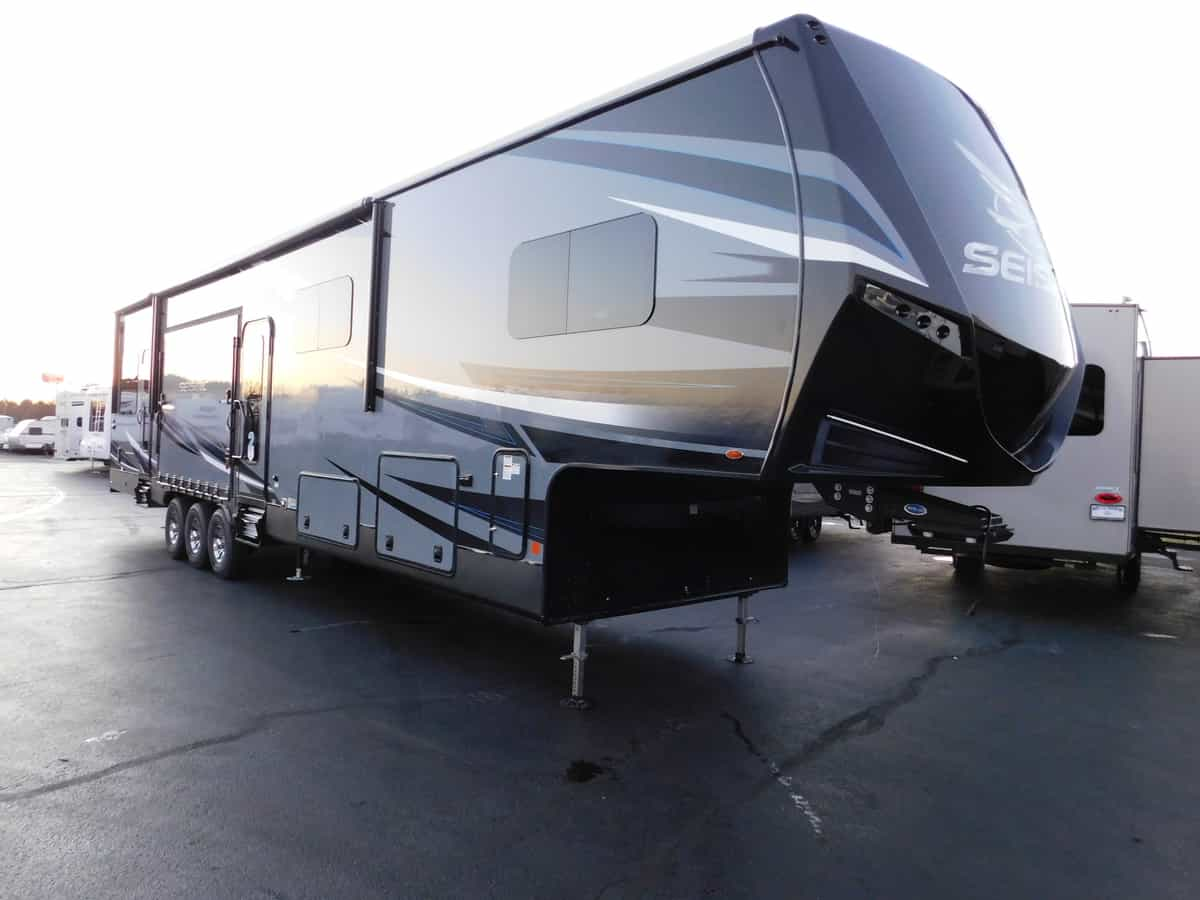 NEW 2019 Jayco SEISMIC 4113 - Rick's RV Center