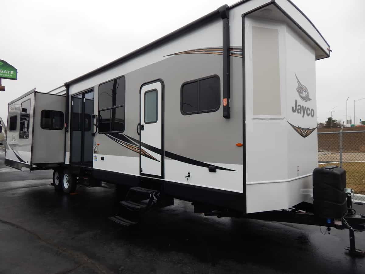 NEW 2019 Jayco JAY FLIGHT BUNGALOW 40RLTS - Rick's RV Center