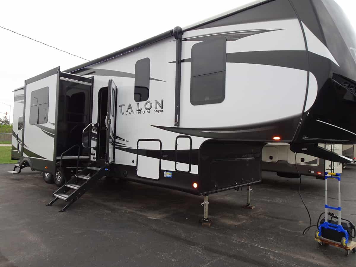 NEW 2020 Jayco TALON 403T - Rick's RV Center