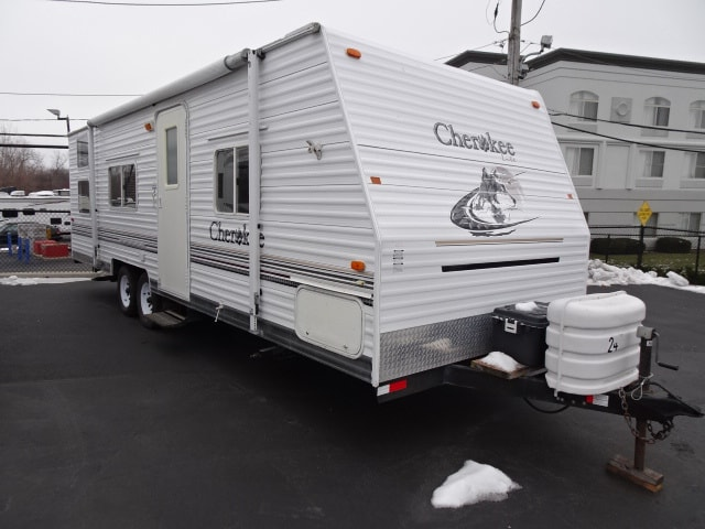 USED 2004 Forest River CHEROKEE 28DD