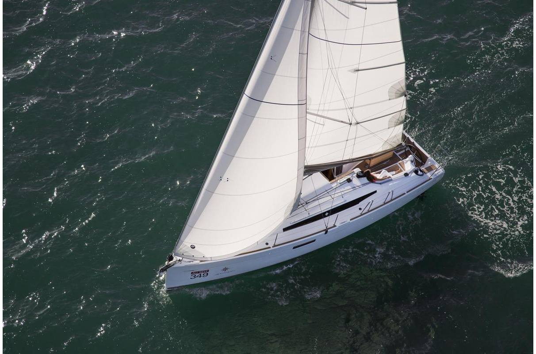 2019 Jeanneau Sun Odyssey 349 - Sara Bay Marina