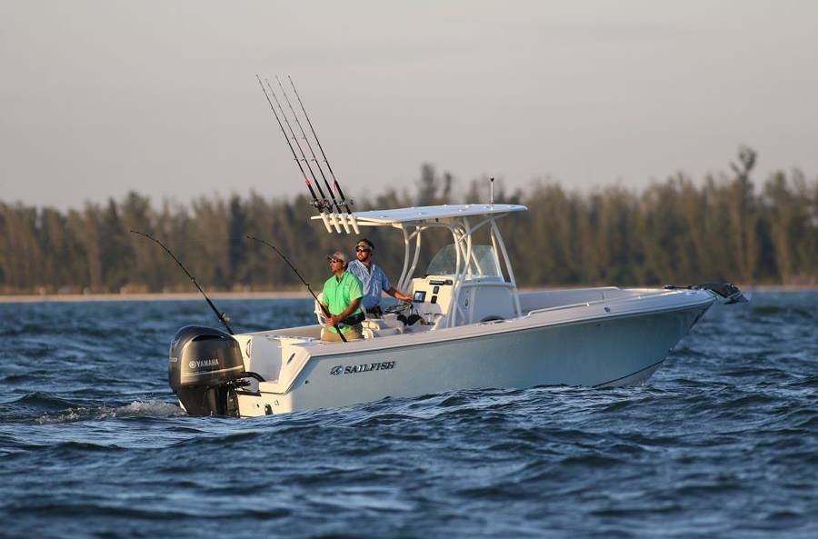 2017 Sailfish 240CC - Sara Bay Marina