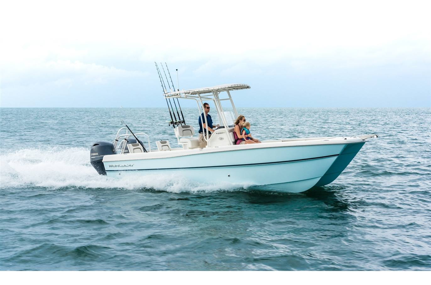 2019 World Cat 230CC Center Console - Sara Bay Marina