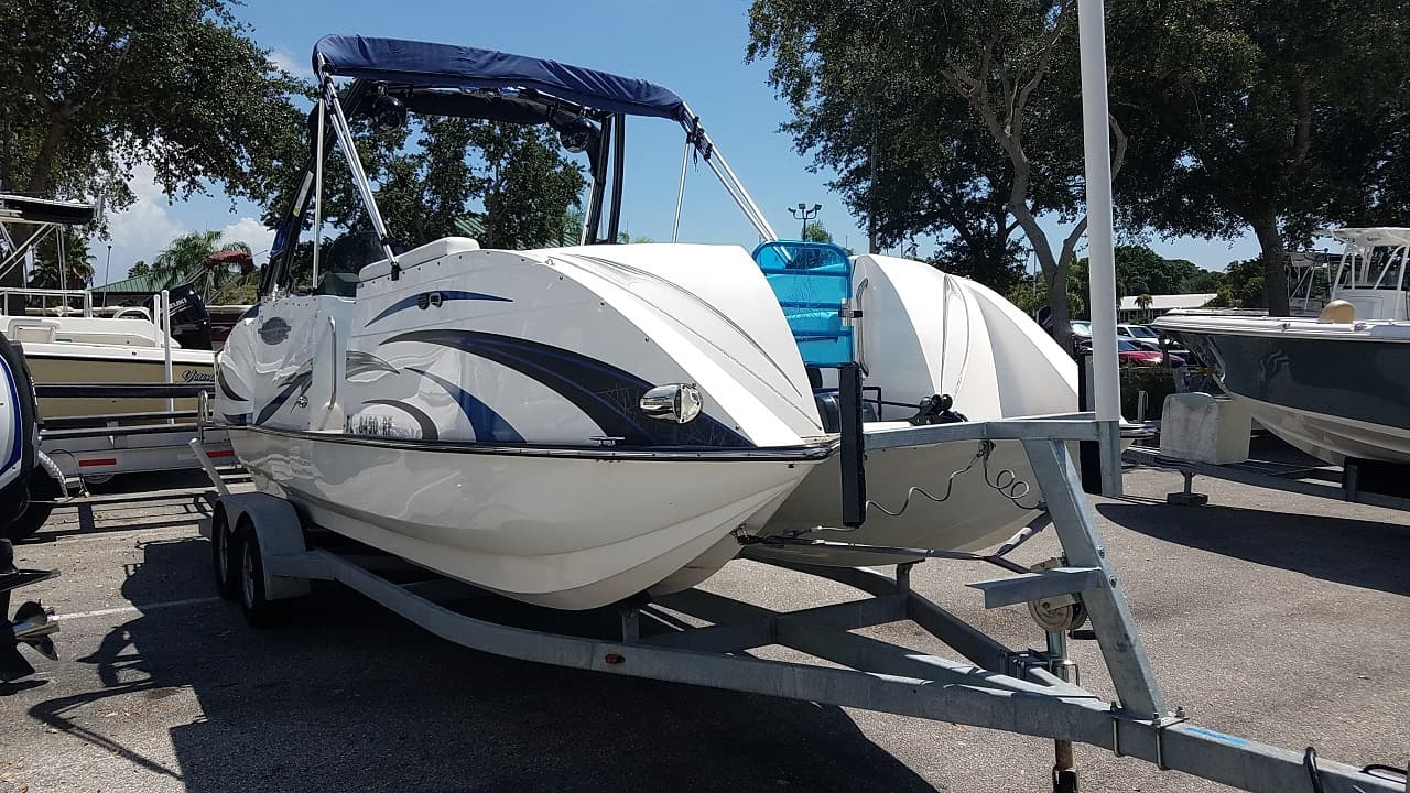 USED 2016 Carvelle 247UR - Sara Bay Marina