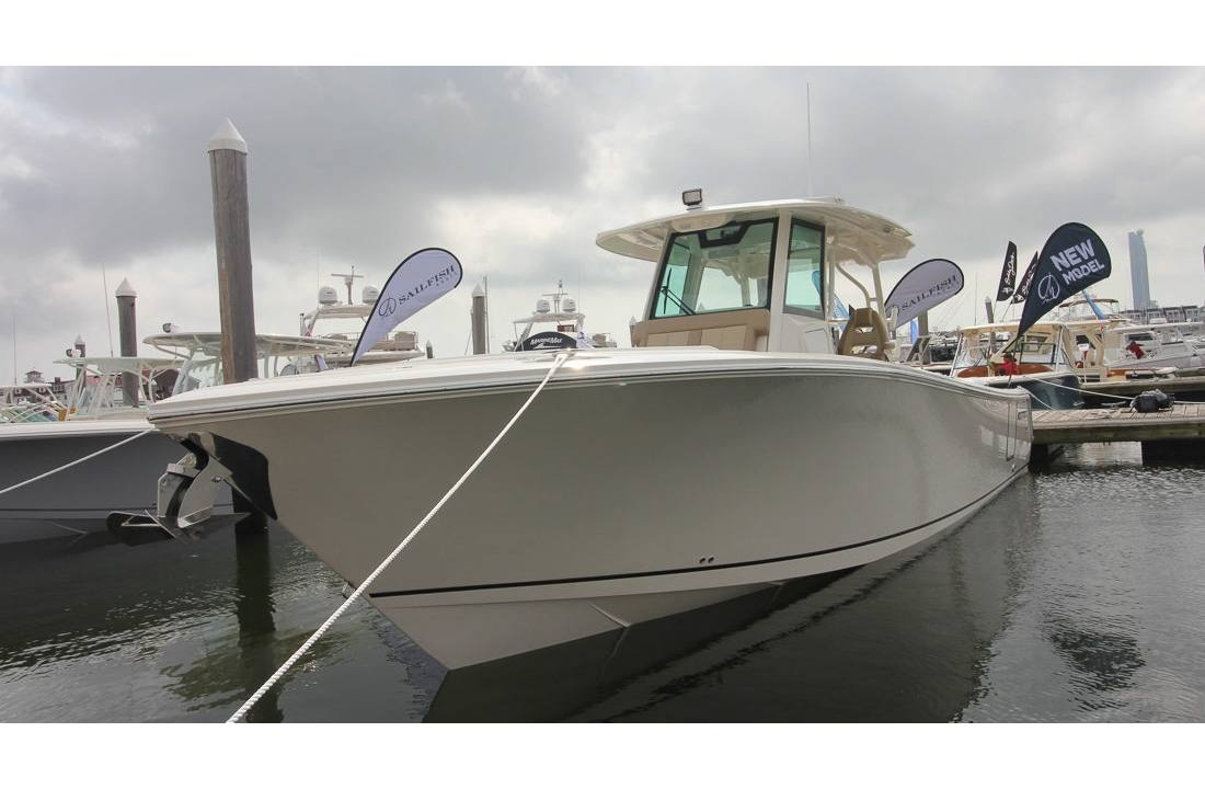 2019 Sailfish 360 CC - Sara Bay Marina