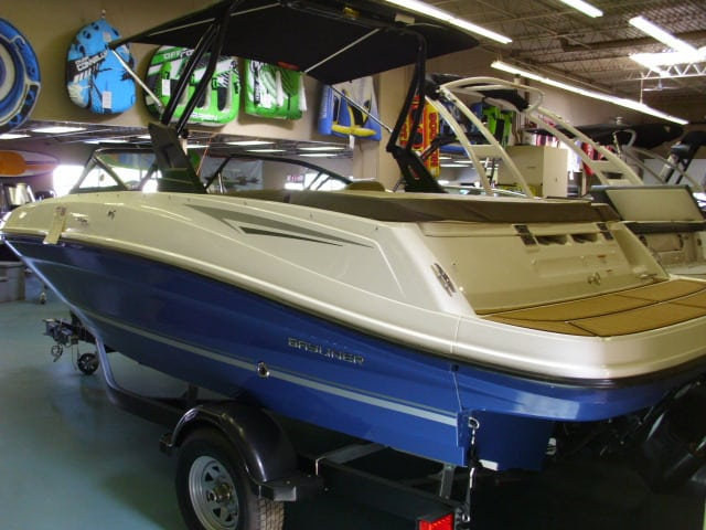 NEW 2018 Bayliner VR5 Watersports Tower - Shipwreck Marine