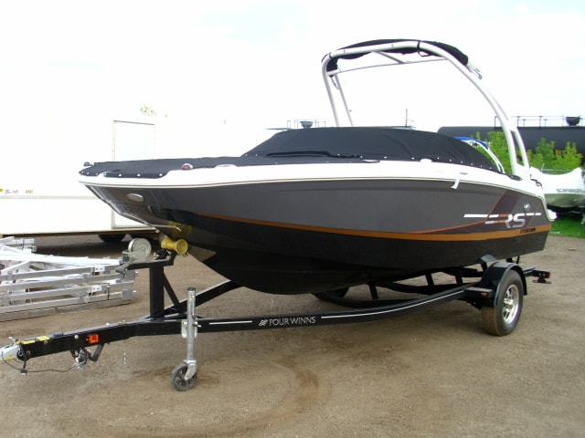 NEW 2019 Four Winns HD 180 RS - Shipwreck Marine
