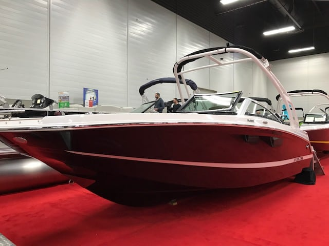 NEW 2019 Four Winns HD 200 OB W/Tower - Shipwreck Marine