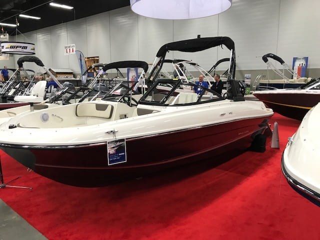 NEW 2019 Bayliner VR4 Xtreme Tower - Shipwreck Marine