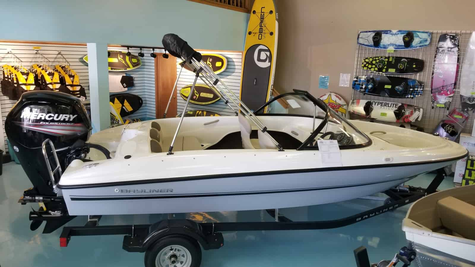 NEW 2018 Bayliner 160 OB - Shipwreck Marine