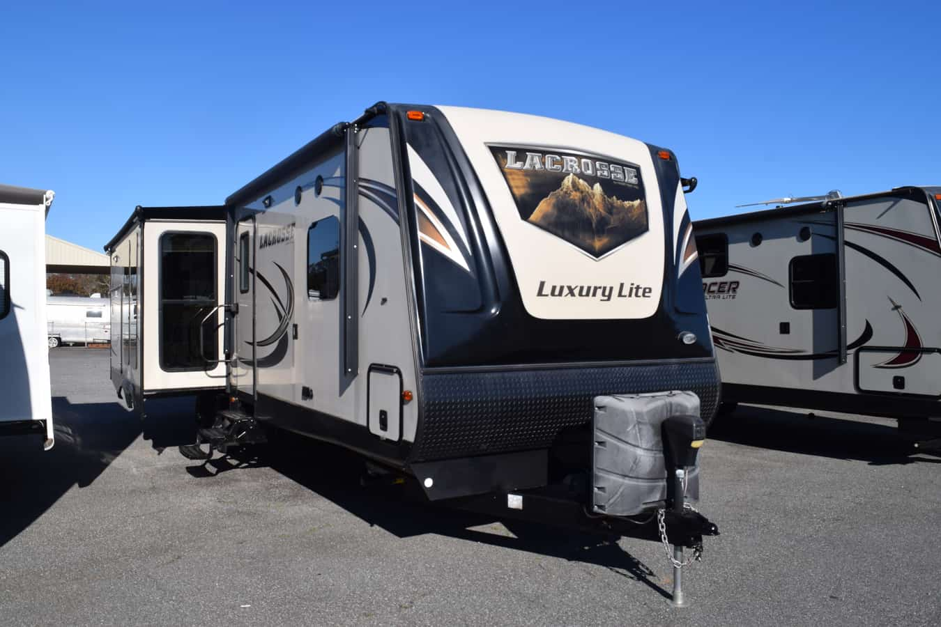 USED 2016 Prime Time LACROSSE 330RST