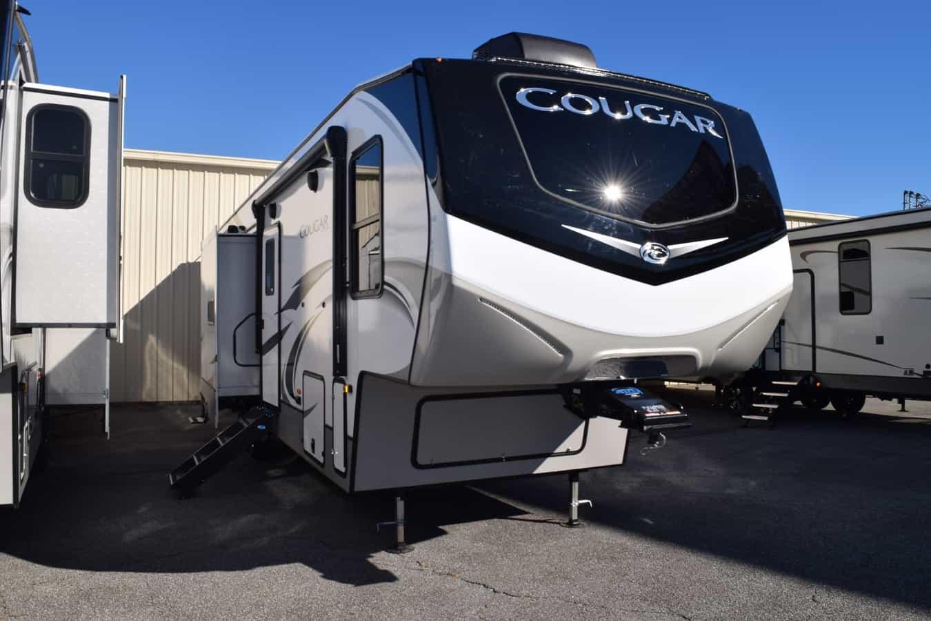 NEW 2021 Keystone COUGAR 364BHL