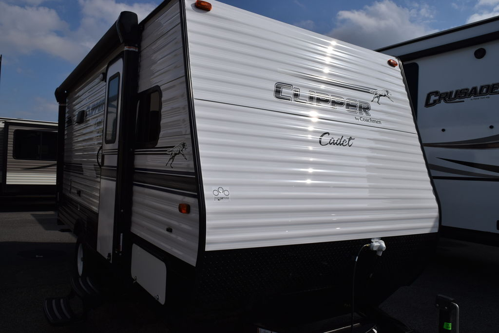2018 FOREST RIVER CLIPPER 17CBH CADET - Three Way Campers