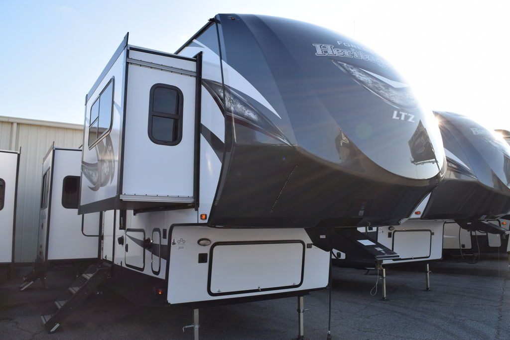 2019 Forest River HERITAGE GLEN 378FL - Three Way Campers