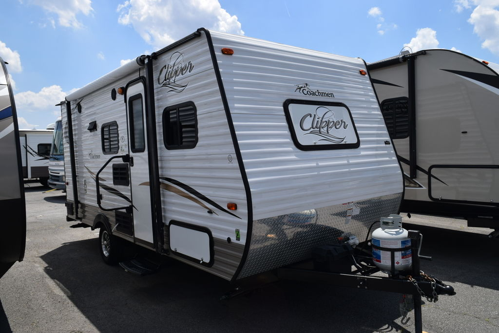 USED 2016 COACHMEN CLIPPER 17BH - Three Way Campers
