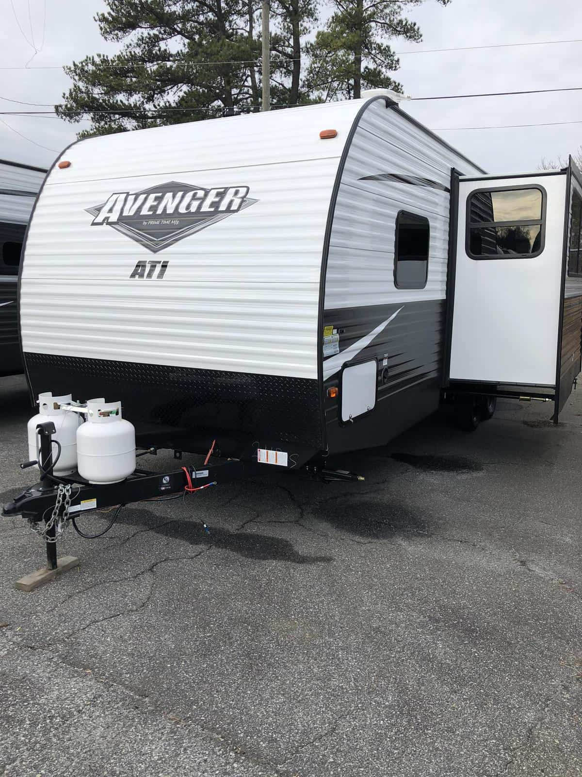 NEW 2019 Prime time Avenger 24BHS ATI - Three Way Campers