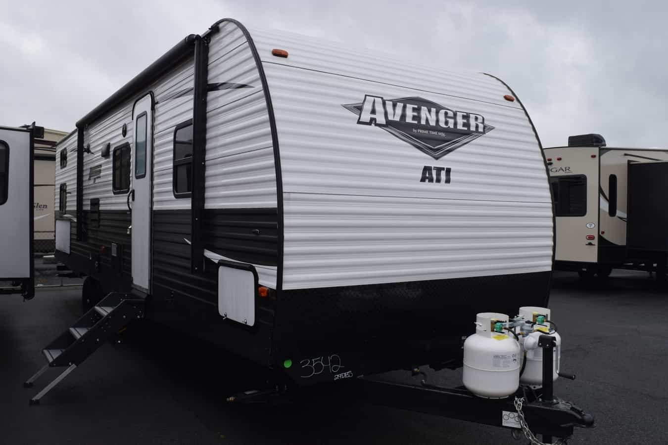 NEW 2019 Prime time Avenger 27DBS ATI - Three Way Campers