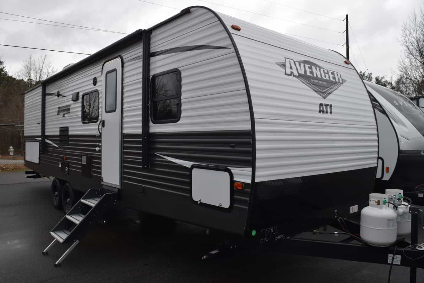 NEW 2019 Prime time Avenger 27RBS ATI - Three Way Campers
