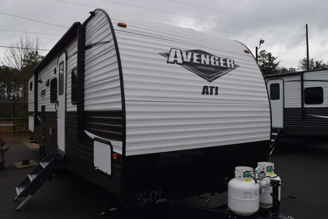 NEW 2019 Prime time Avenger 29RBS ATI - Three Way Campers