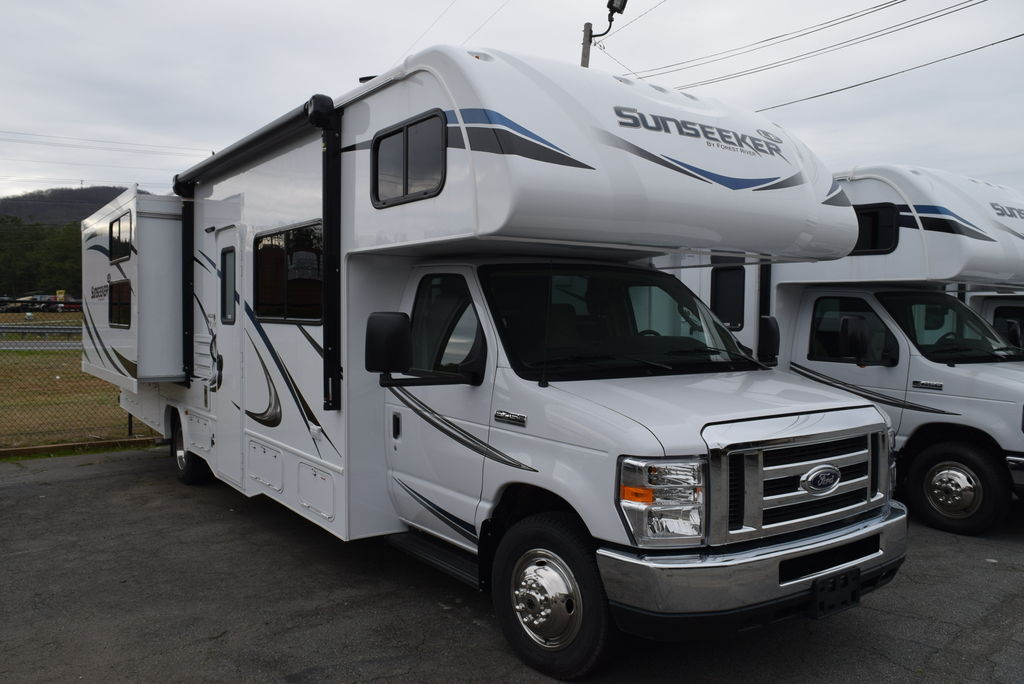 2018 FOREST RIVER SUNSEEKER 3250DS LE - Three Way Campers