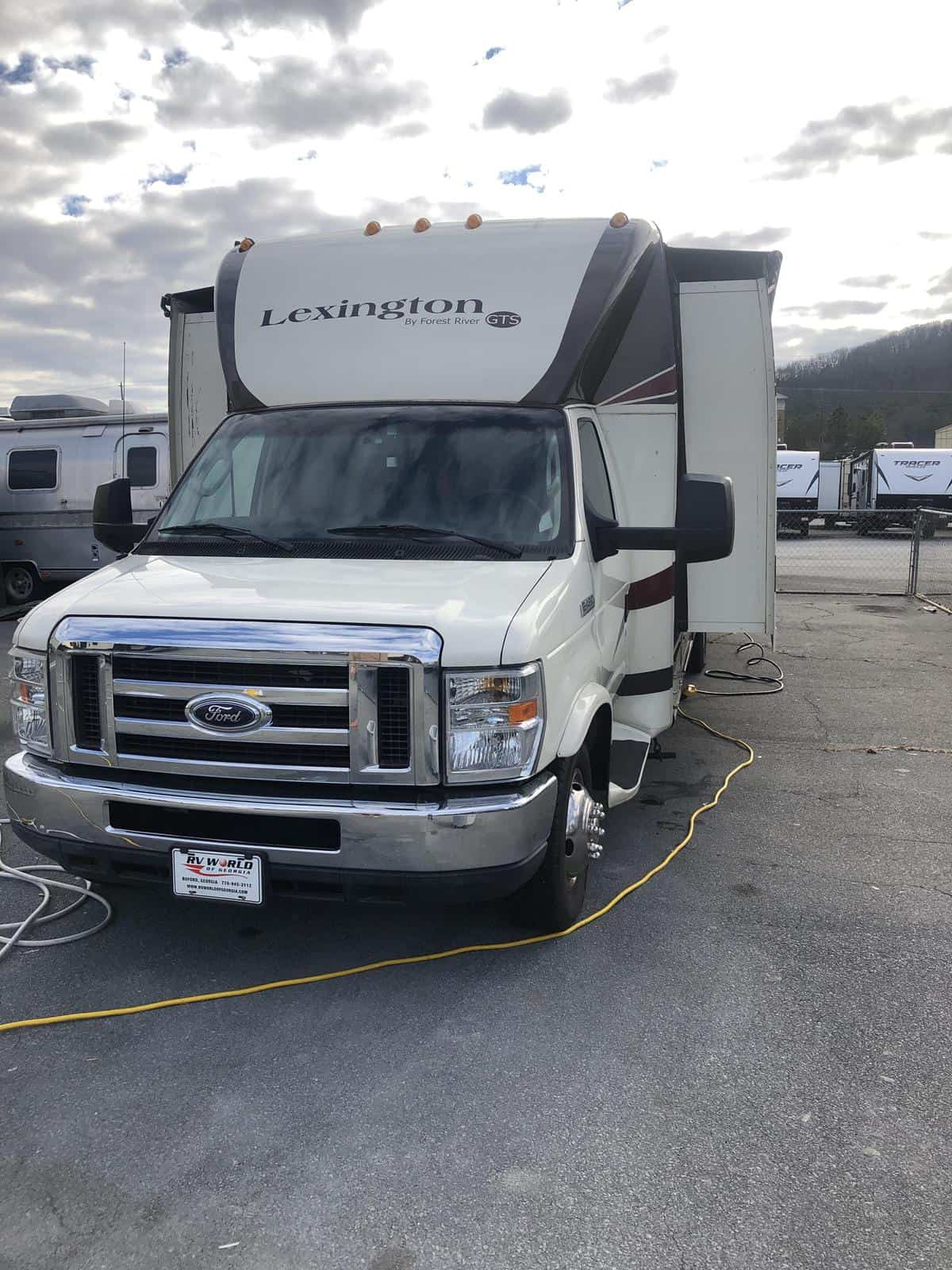 USED 2011 Forest river Lexington 283GTS - Three Way Campers