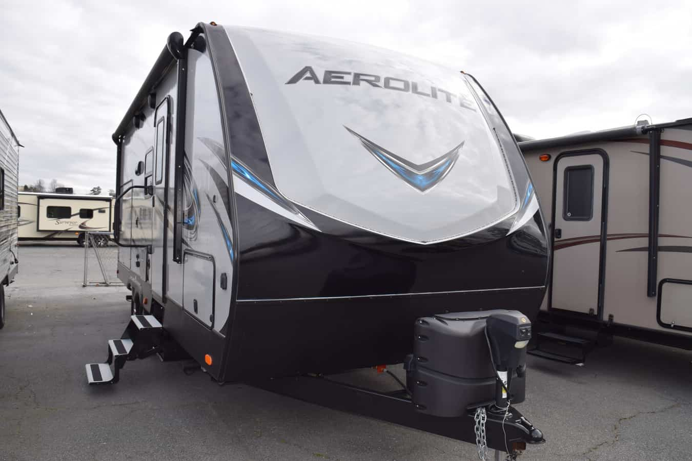 USED 2019 Dutchmen AEROLITE 2133RB - Three Way Campers