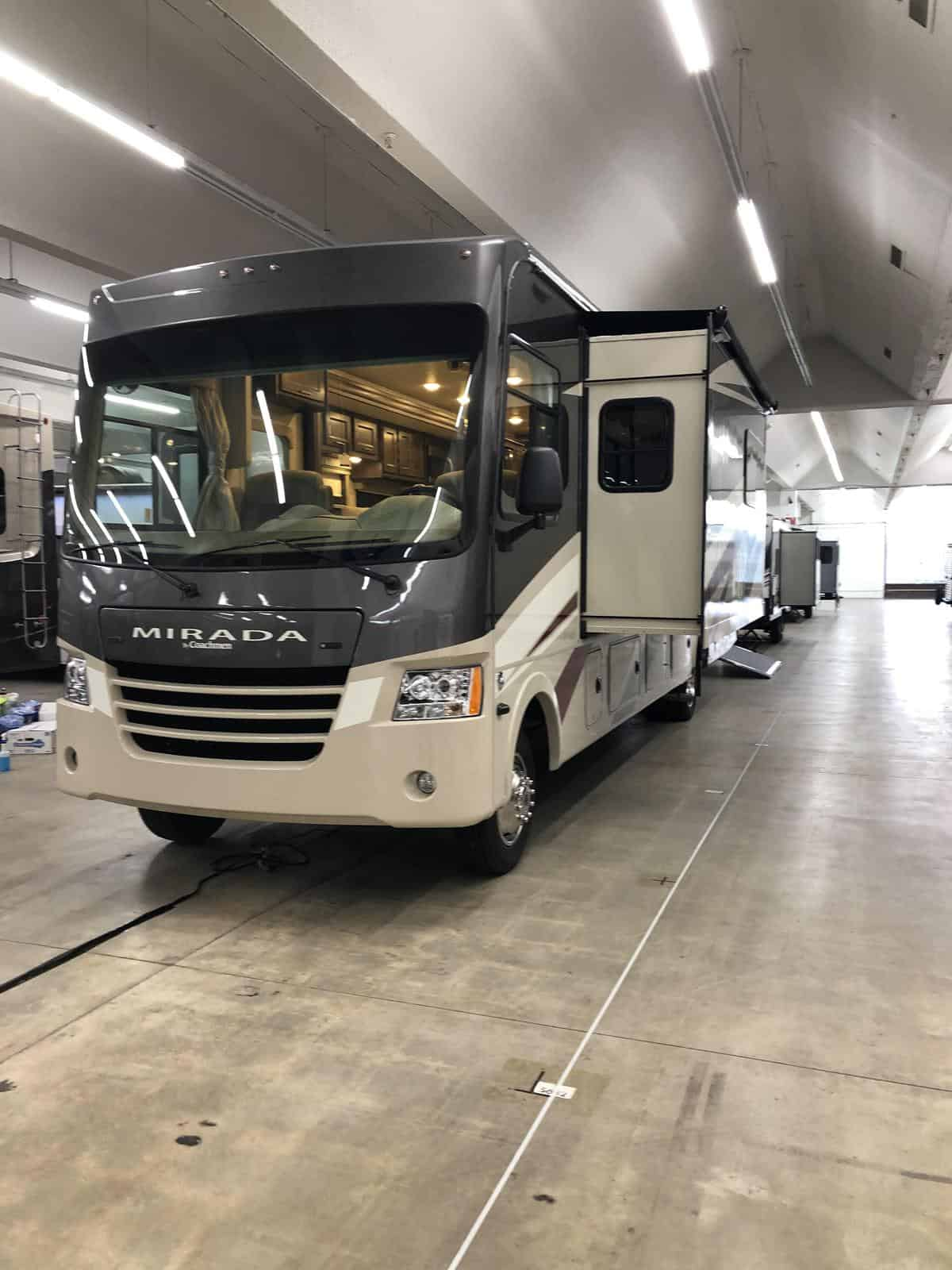 NEW 2019 Coachmen MIRADA 35 OS - Three Way Campers