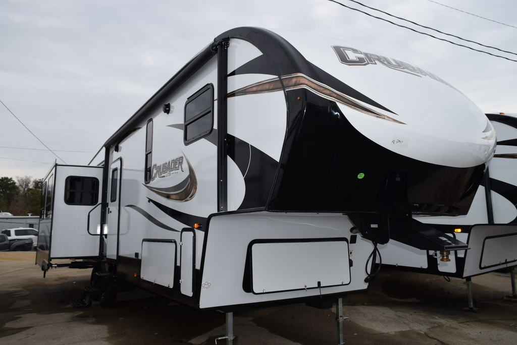 2019 PRIME TIME CRUSADER 34MB-LITE - Three Way Campers
