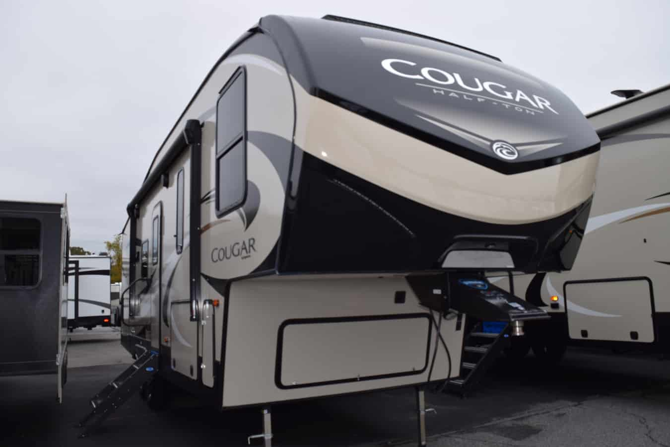 NEW 2019 Keystone COUGAR HALF-TON 25RES - Three Way Campers