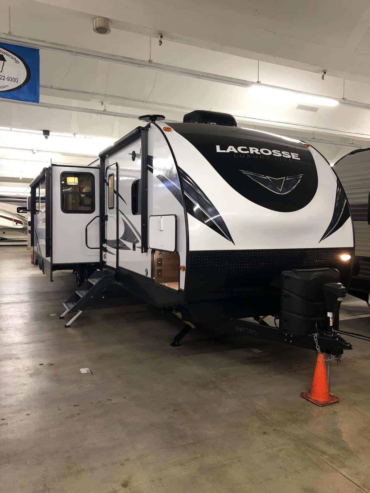 NEW 2019 Prime Time LACROSSE 3380IB - Three Way Campers