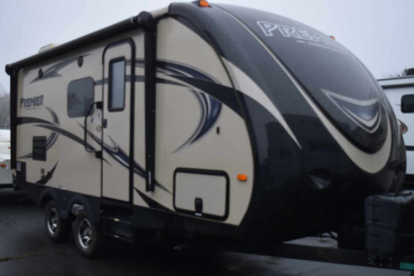 USED 2015 Keystone BULLET 19FBPR - Three Way Campers