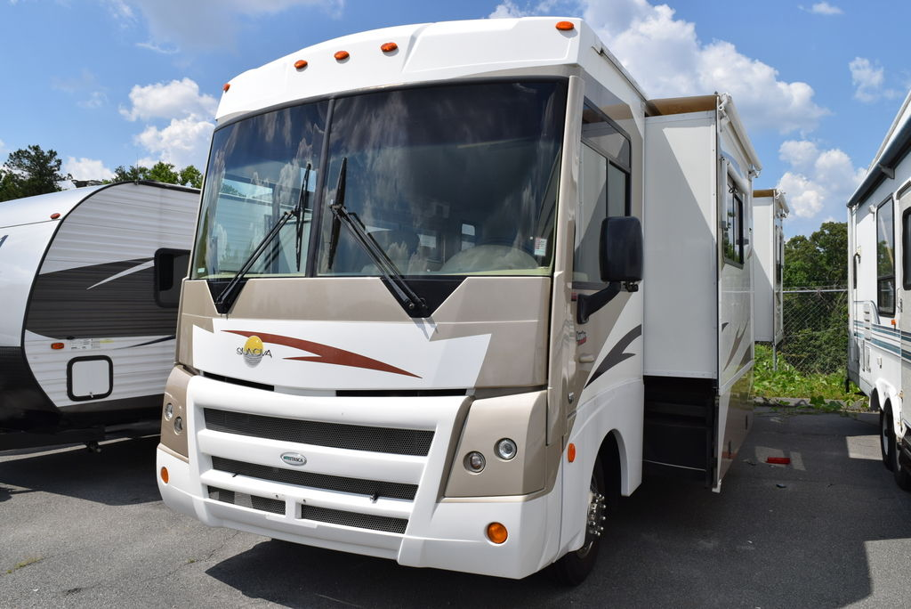 USED 2008 Winnebago Itasca SUNOVA 29R - Three Way Campers