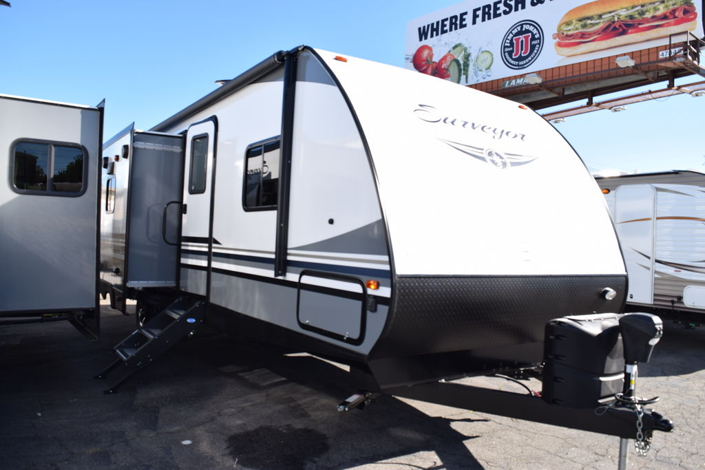 2019 FOREST RIVER SURVEYOR 285IKLE - Three Way Campers