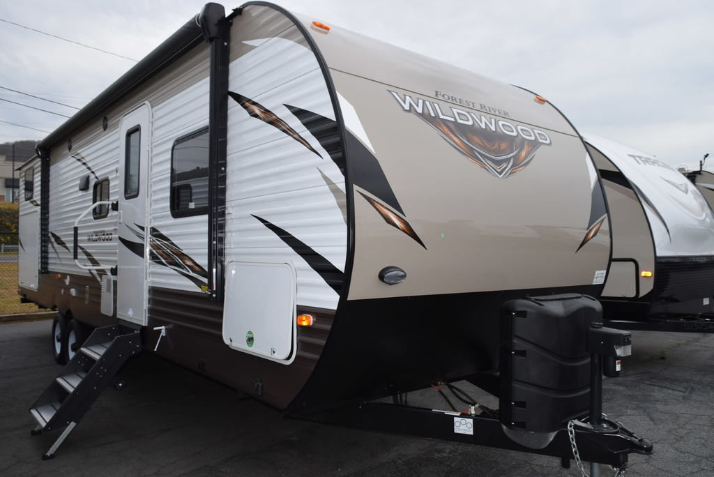 2019 FOREST RIVER WILDWOOD 30KQBSS - Three Way Campers