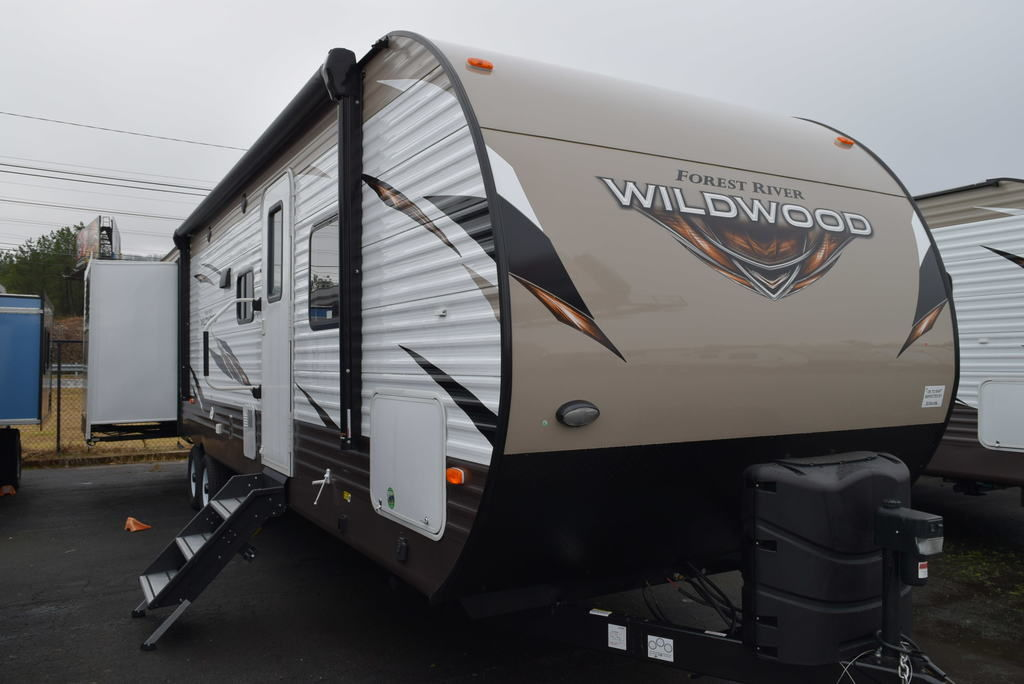 NEW 2019 Forest river Wildwood 31KQBTS - Three Way Campers