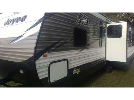 NEW 2018 Jayco Jay Flight 28RLS