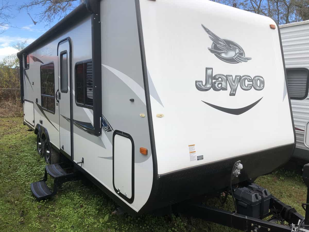 USED 2017 JAYCO JAY FEATHER 22BHM